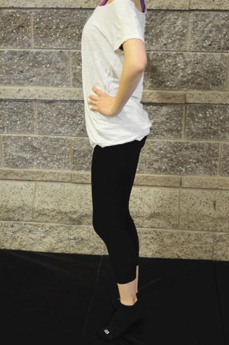 exercise-monday-2-10-2014-barre-posture-leg-1
