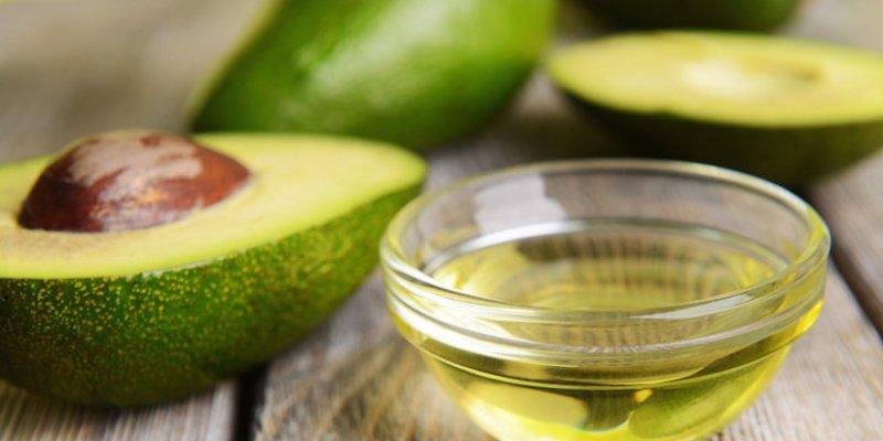 avocadooilforbeauty-825x496